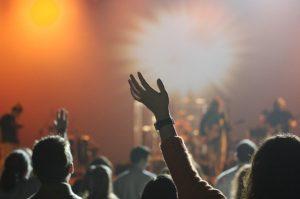 Spectateurs à un concert
